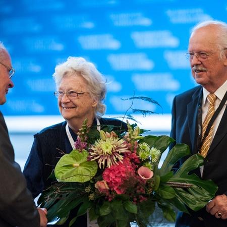 Ehrung von Frau Arndt zu 70 Jahren Mitgliedschaft in der CDU - Prof. Dr. Wolfgang Merbach, Rosemarie Arndt, Prof. Dr. Otto Wulff (v.l.n.r.)