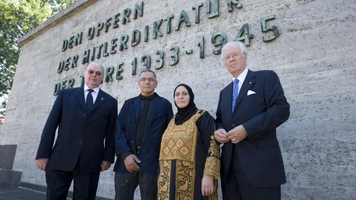 """Verleihung der """"Goldenen Medaille für Verdienste um Versöhnung und Verständigung unter den Völkern"""""""